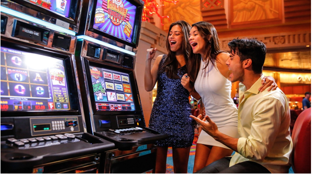 How to increase your odds of winning while playing online casino games?