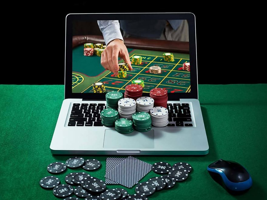 Paulson Tophat And Cane Poker Chip Set Critical Overview