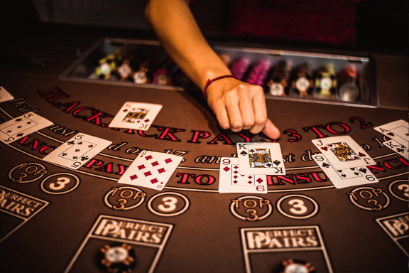 Seven Reasons Your Online Gambling Is Merely Not Everything It Has To Be